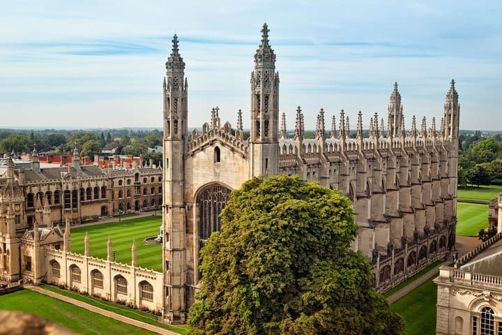 Spies Walking tour in Cambridge