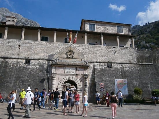 Outdoor Tour in the Ladder of Kotor