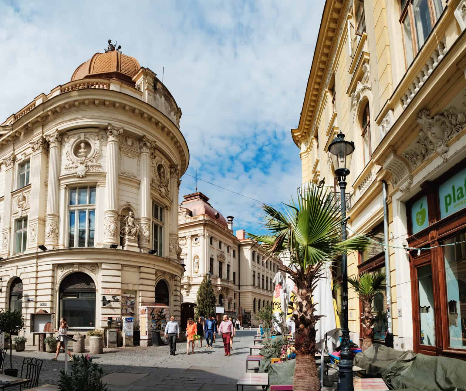 "Walking tour in Bucharest ""Little Paris"""