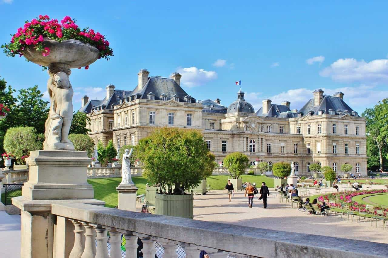 Luxembourg tour walking (6)