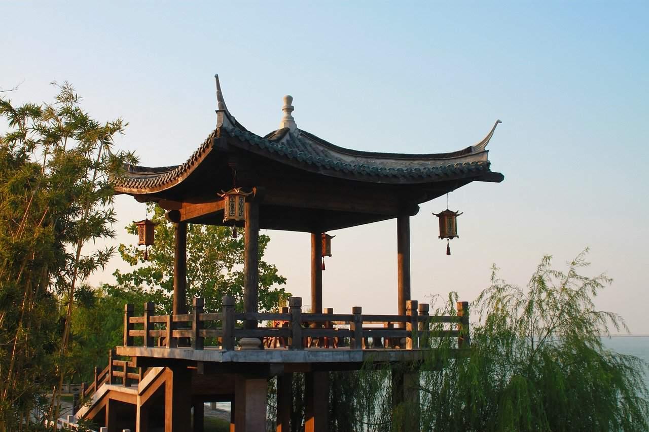 Walking Tour in Huzhou