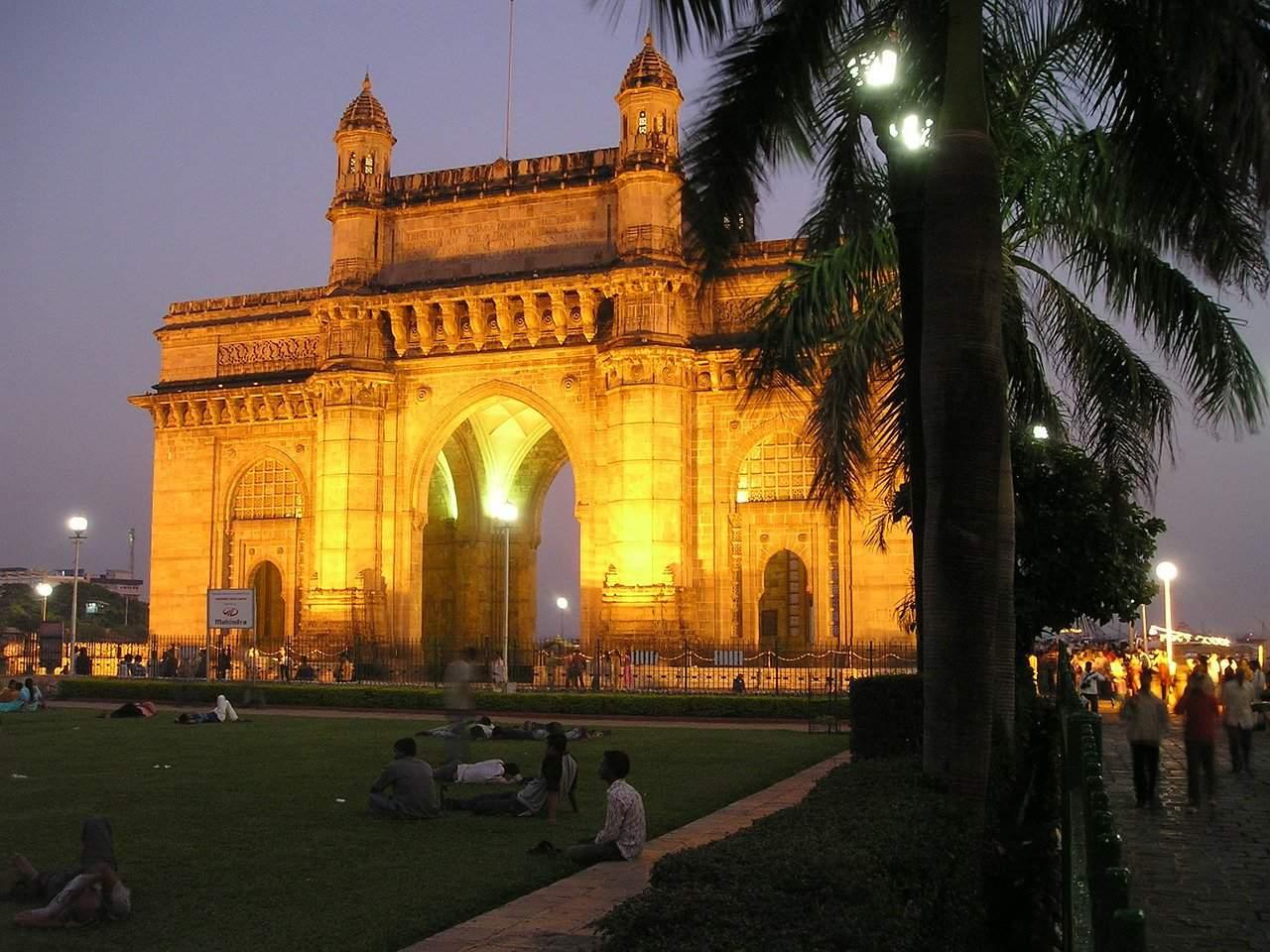 Walking tour in Mumbai
