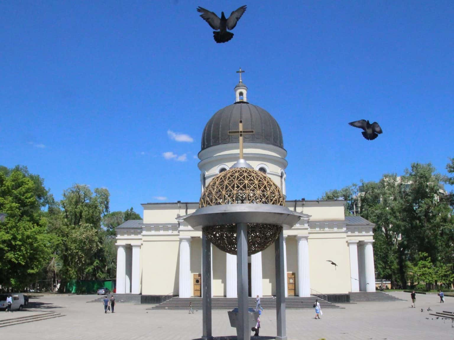 The best of Chisinau city Walking tour 1