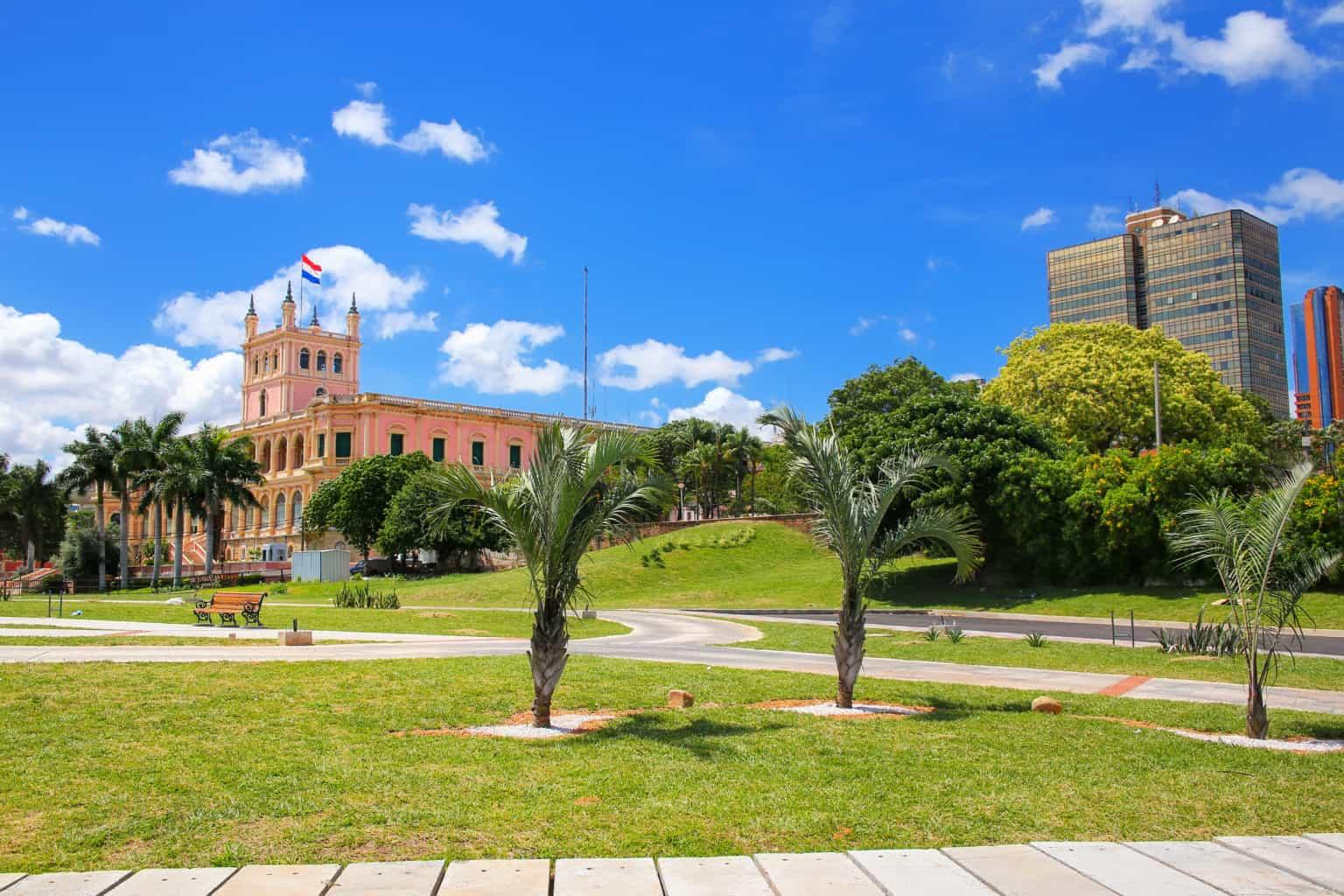 Walking tour in Asunción