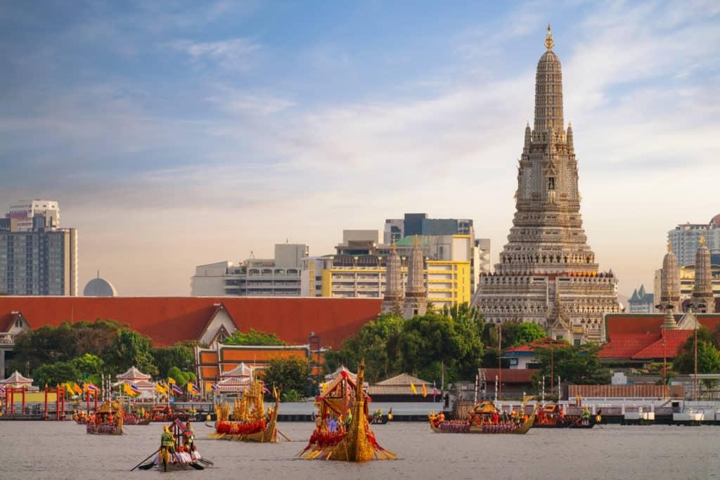 Walking Tour in Bangkok (