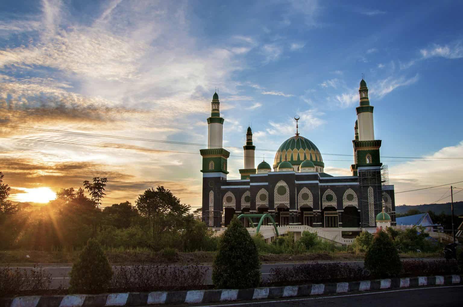 Walking tour in Bengkulu