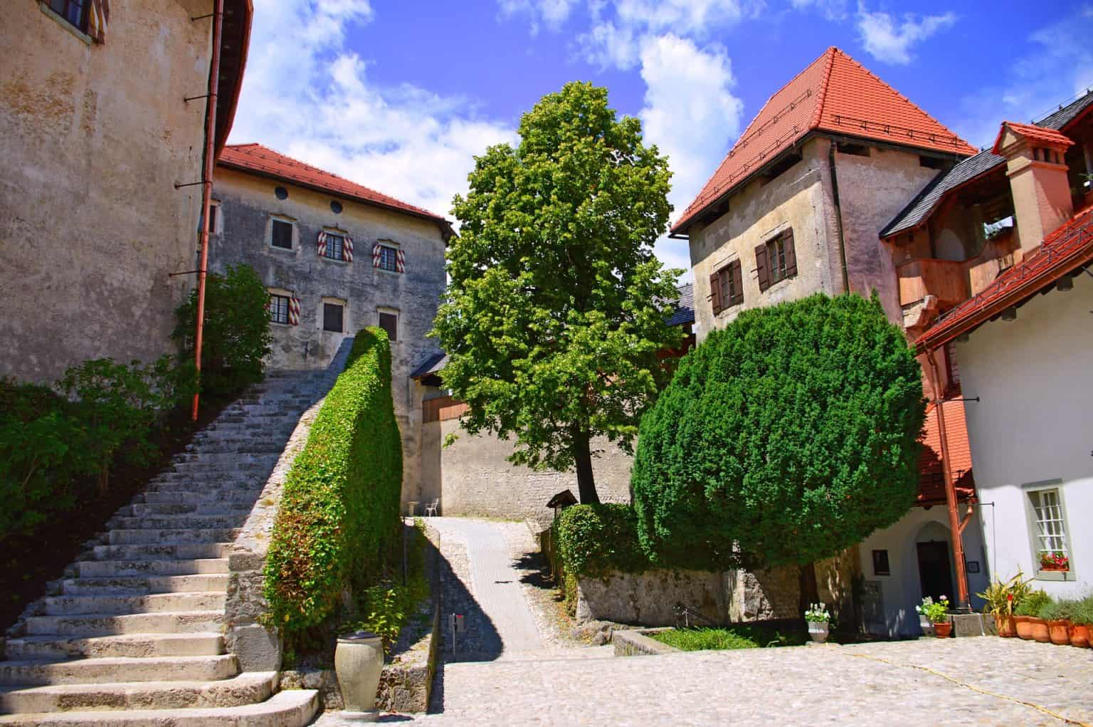 Walking tour in Bled