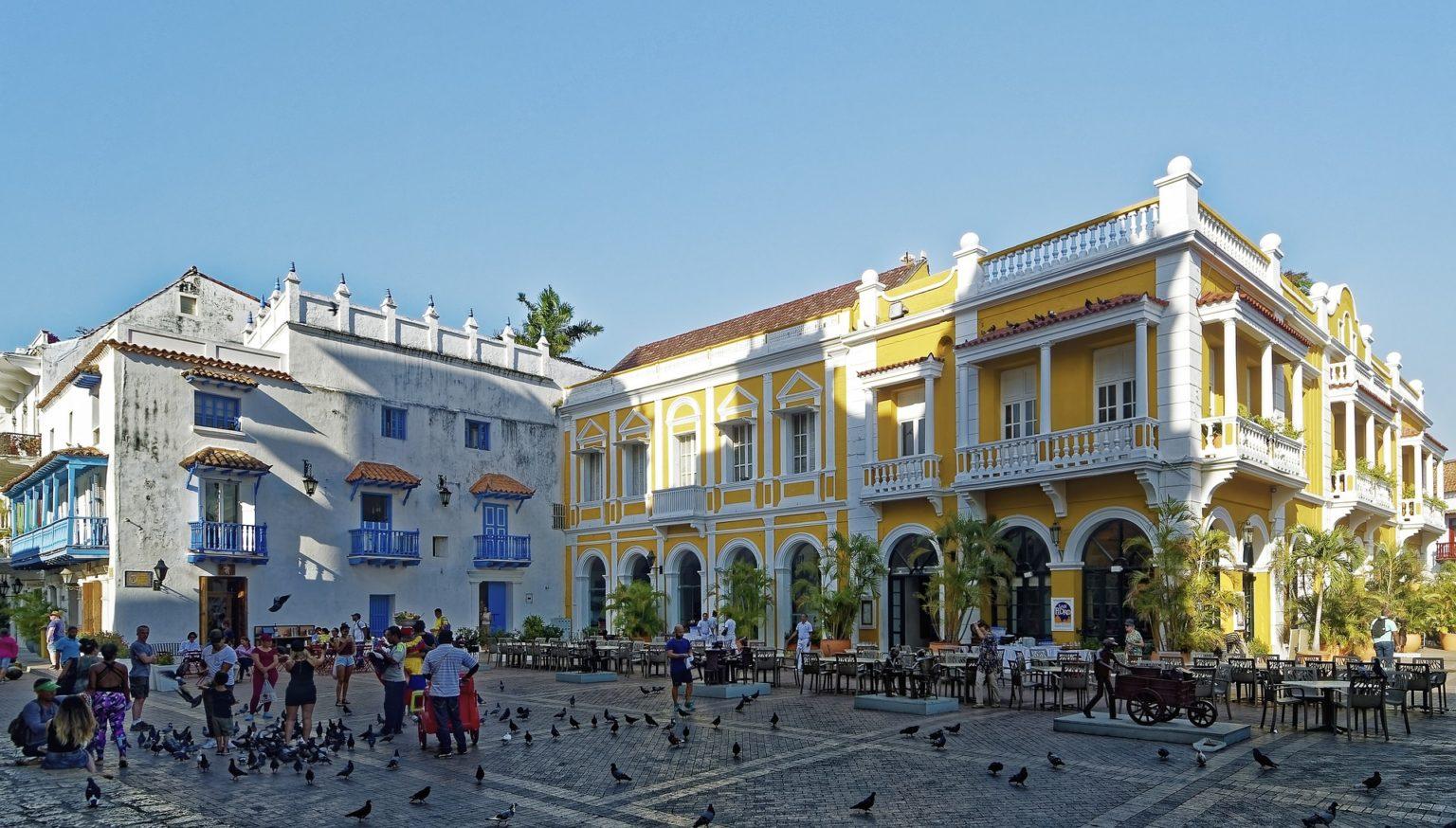 Walking tour in Cartagena