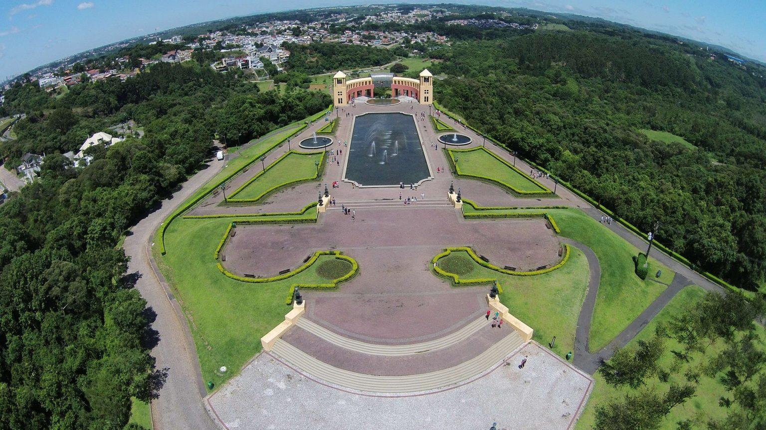 Walking tour in Curitiba