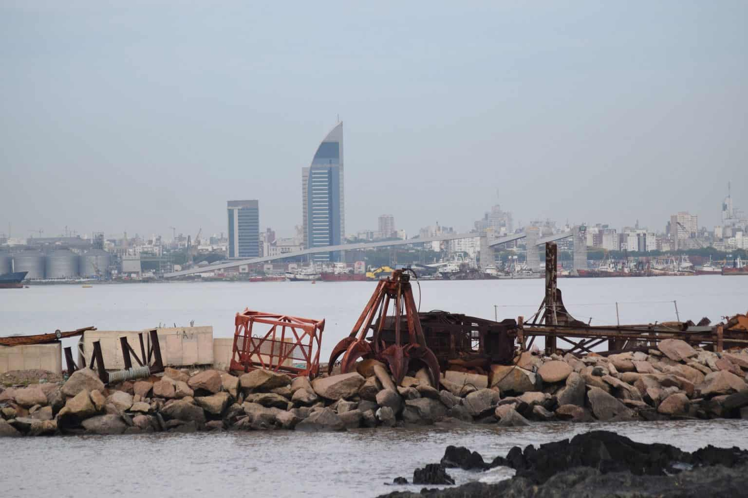 Walking tour in Montevideo