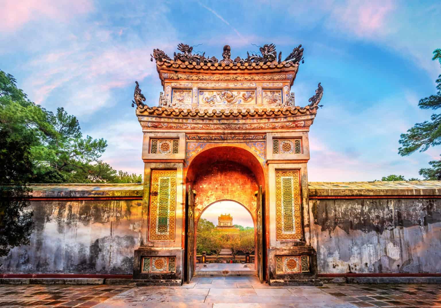 Walking Tour in Hue