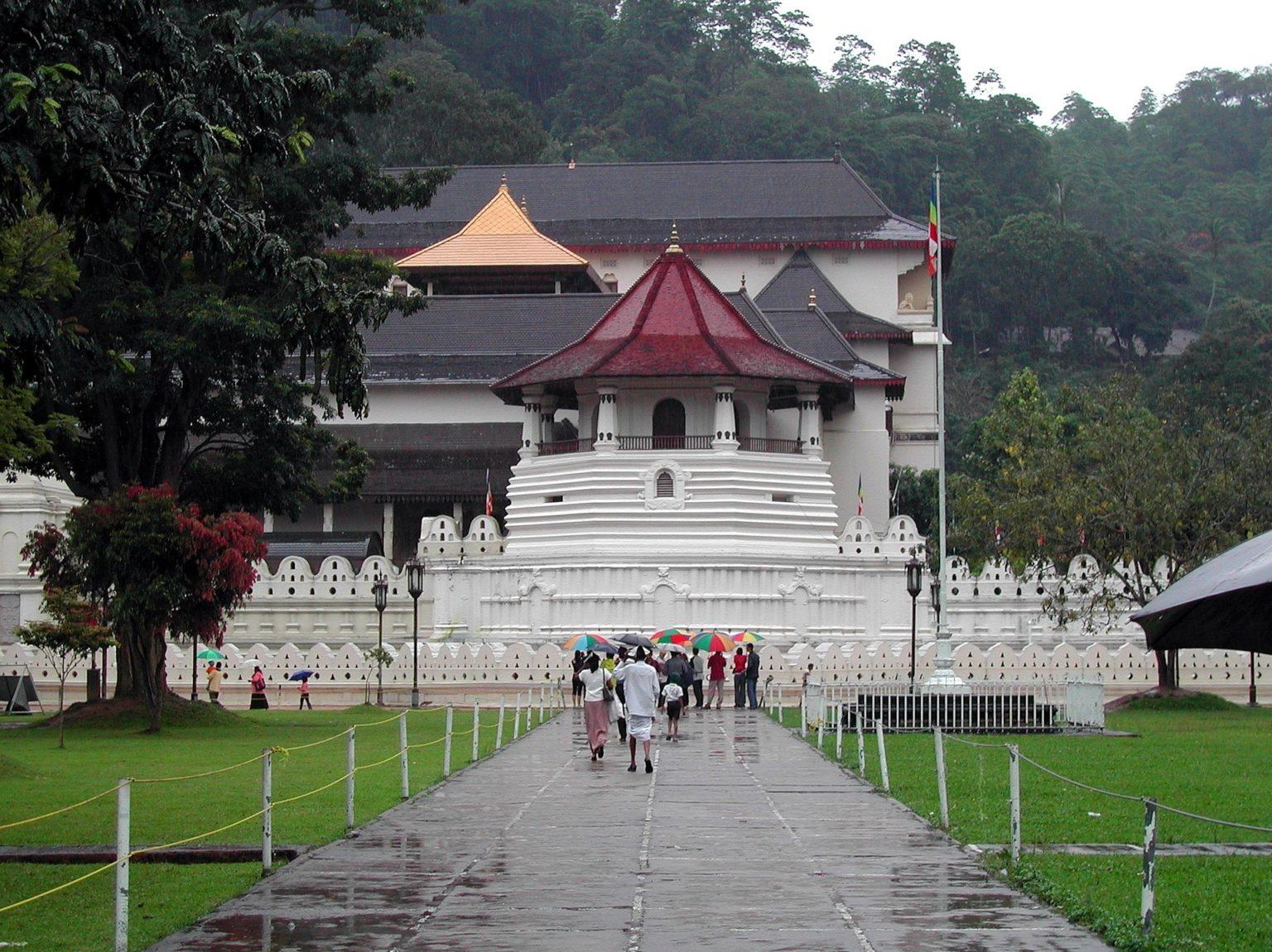Walking tour in Kandy