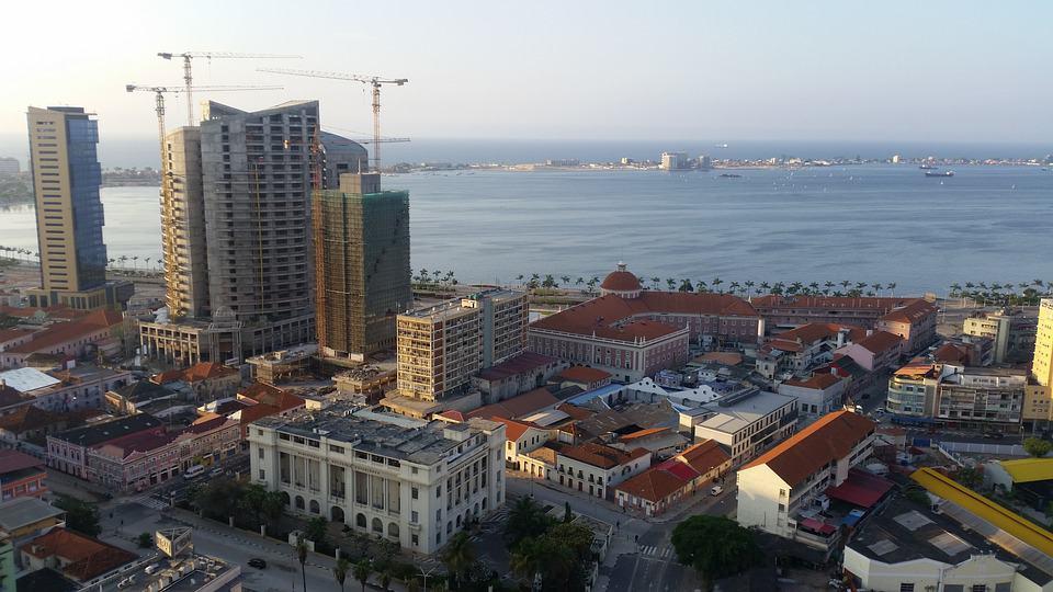 Walking Tour in Luanda