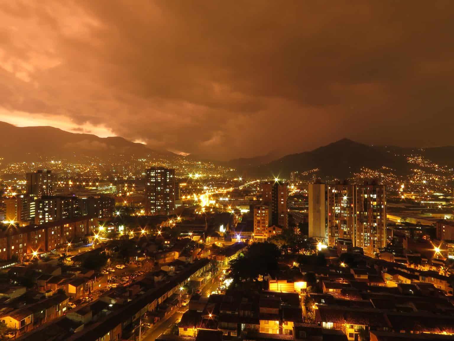 Walking tour in Medellin