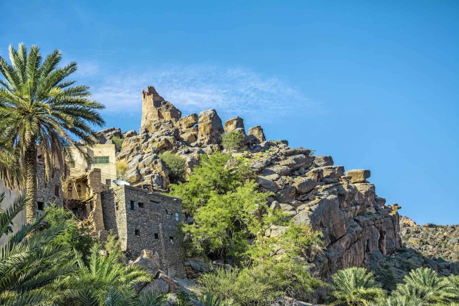 Walking tour in Misfat al Abryeen