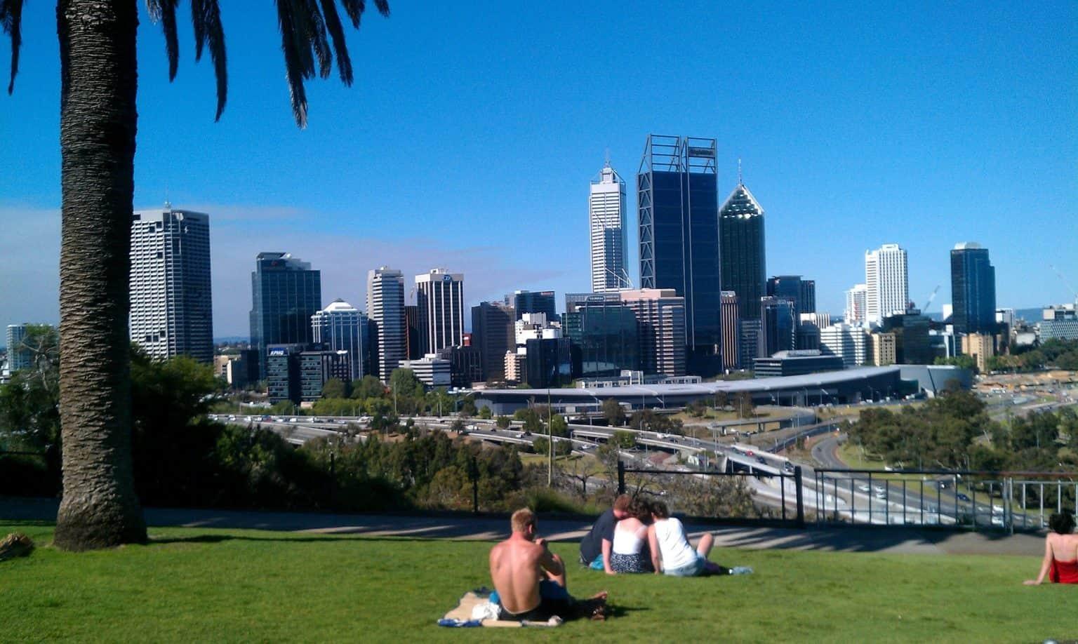Walking tour in Perth
