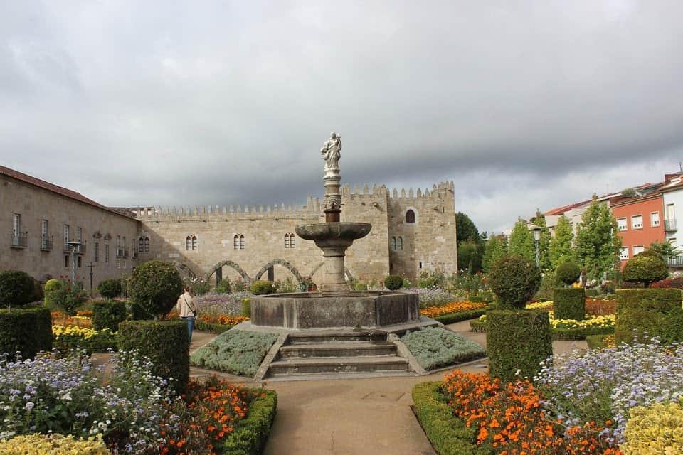 Walking tour in Portugal Braga