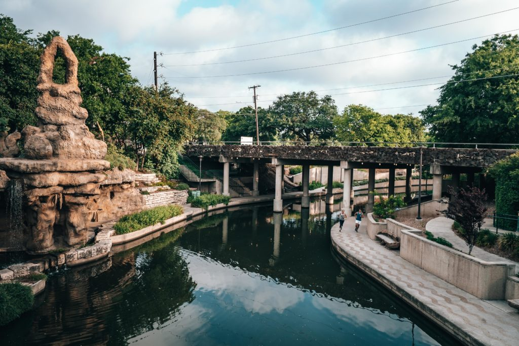 Walking tour in San Antonio
