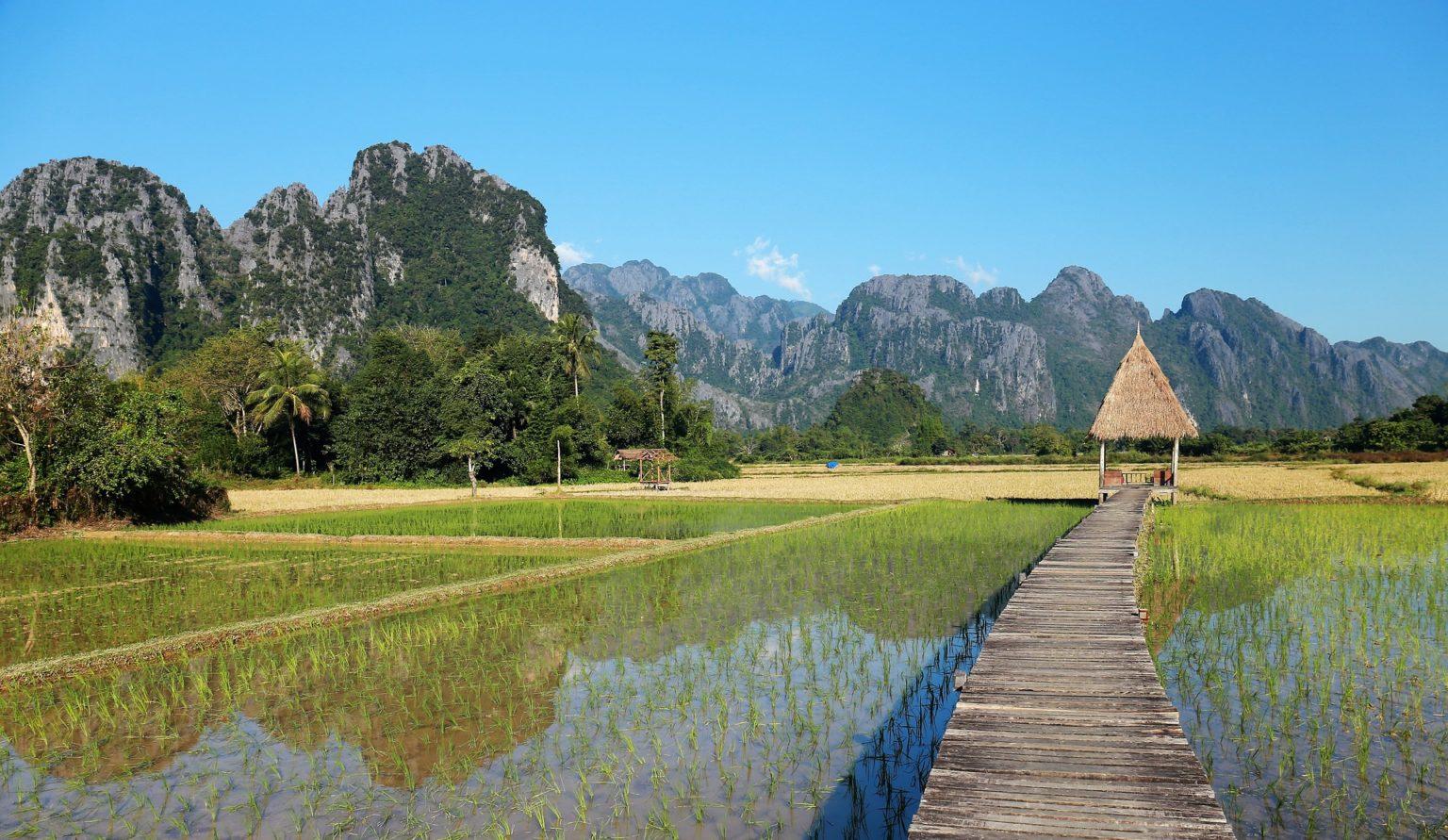 Walking Tour in Vang Vieng