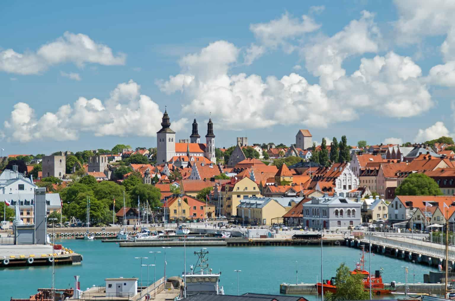 Walking tour in Visby