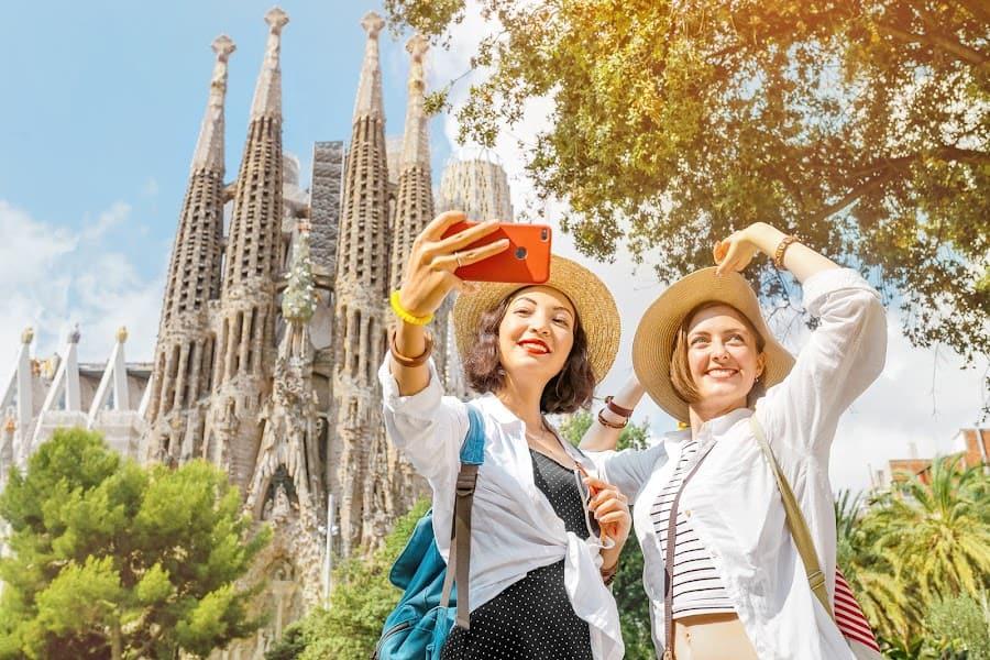 Sagrada Familia Basilica Tour For USA Tourist